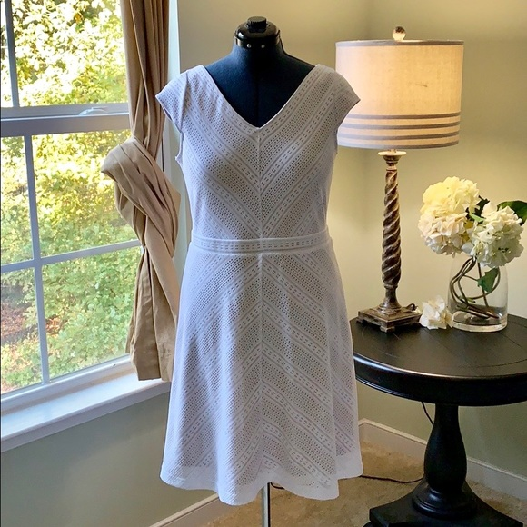 Dress Barn Dresses & Skirts - 🌺Dress Barn Fit and Flare Dress Size 16